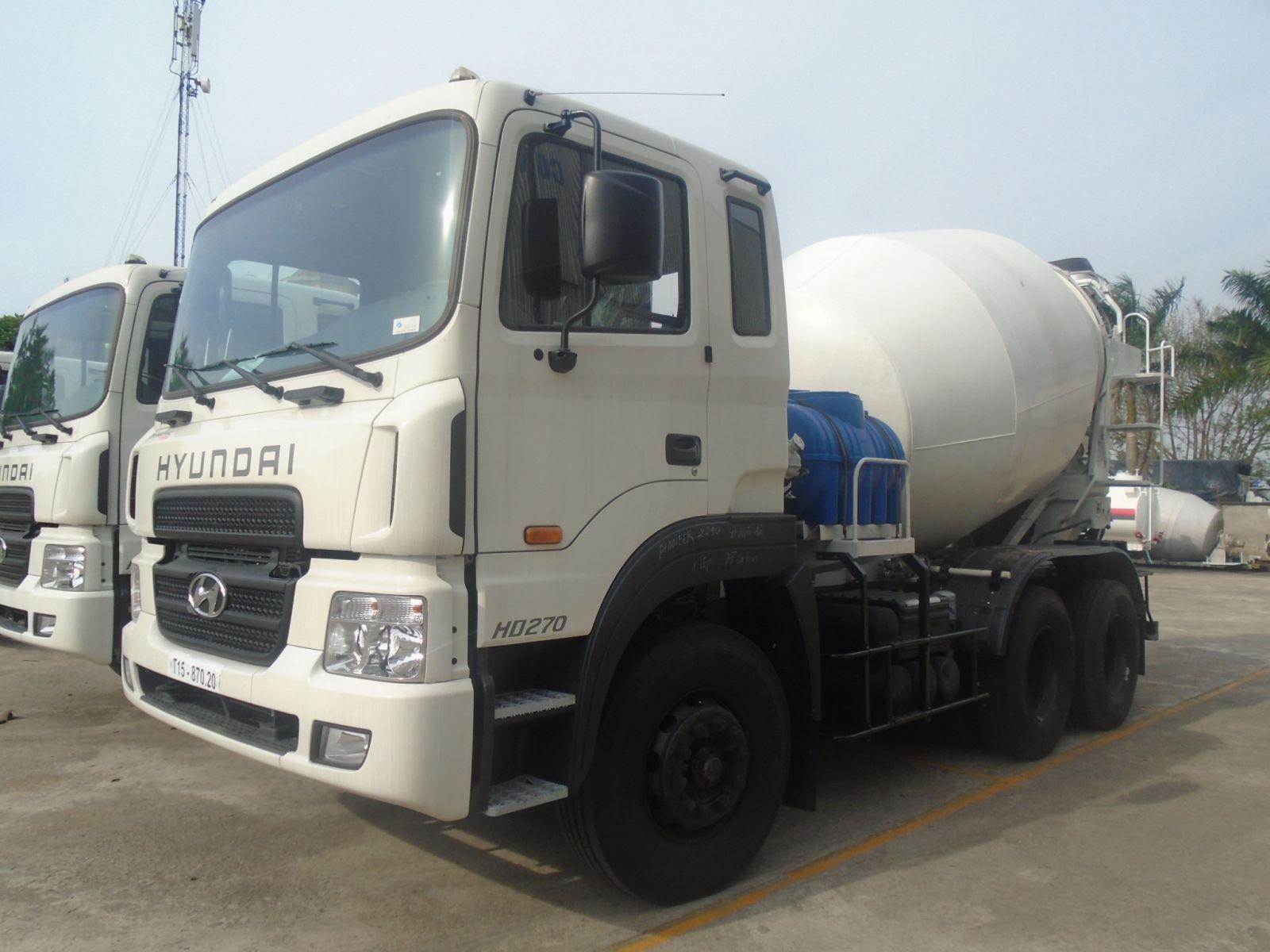 Xe bồn trộn bê tông Hyundai 10 khối